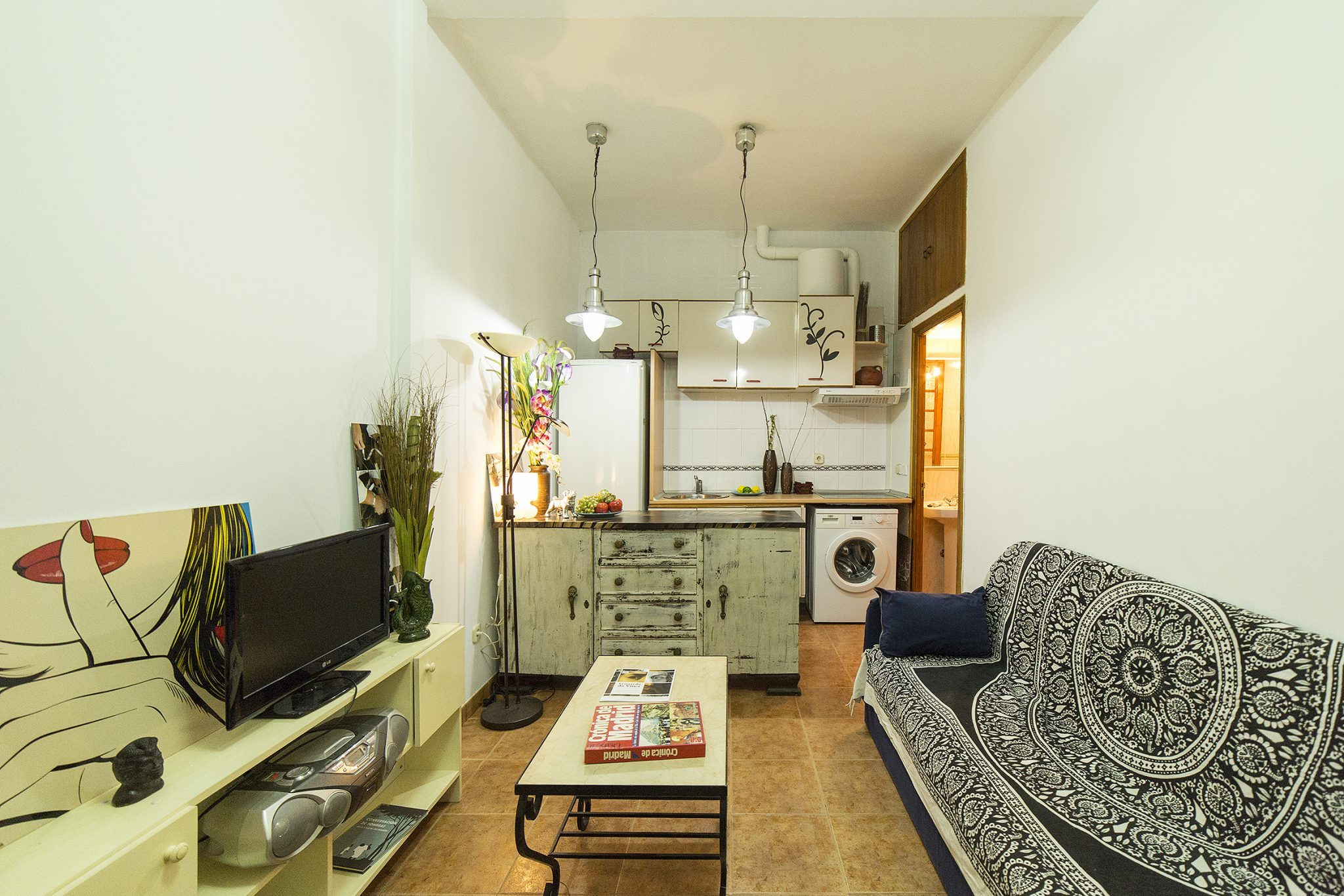 Apartment In Calle Divino Pastor – Malasaña – Centro – Madrid
