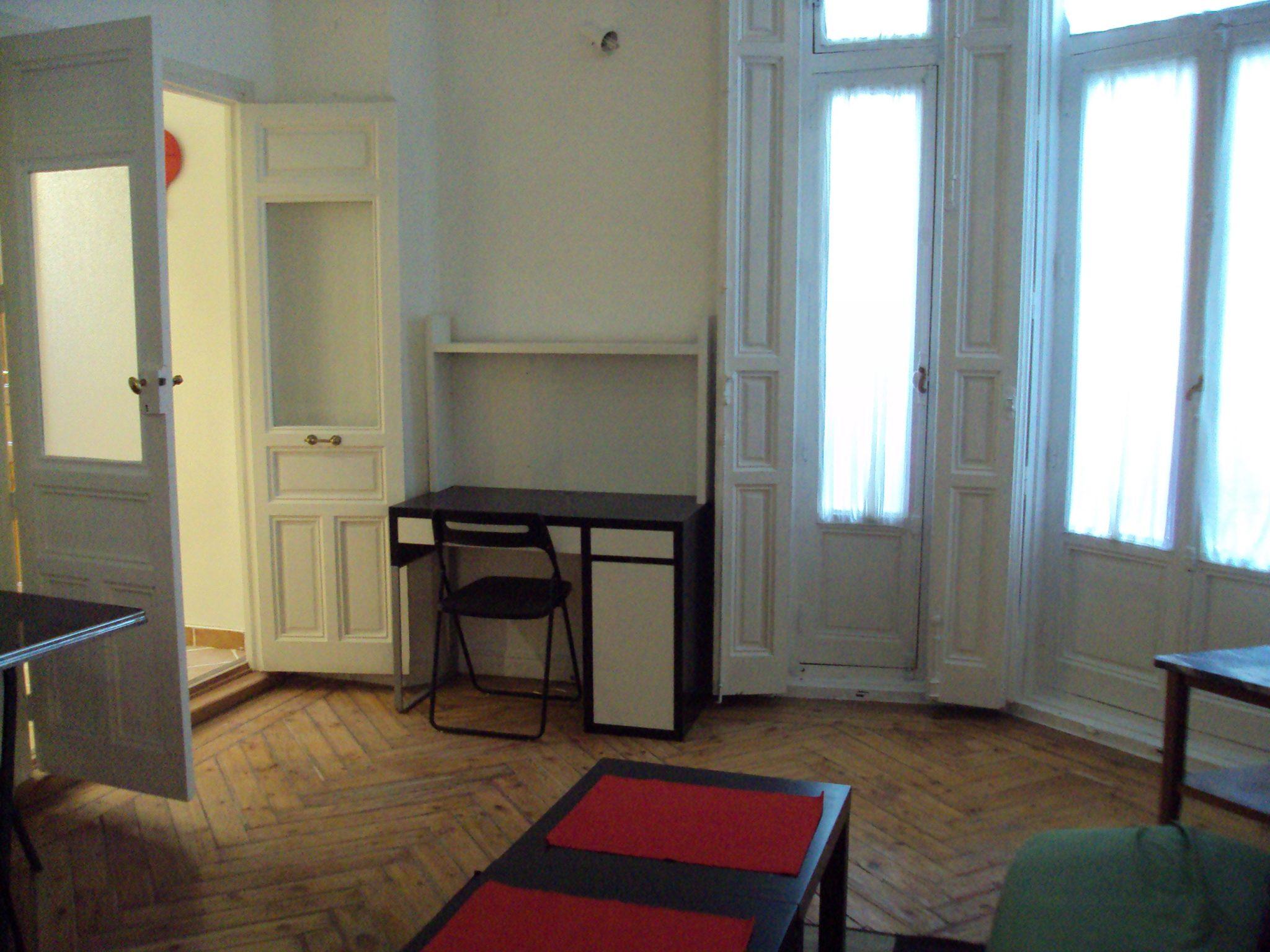 Apartment in street infantas-chueca-centro-Madrid