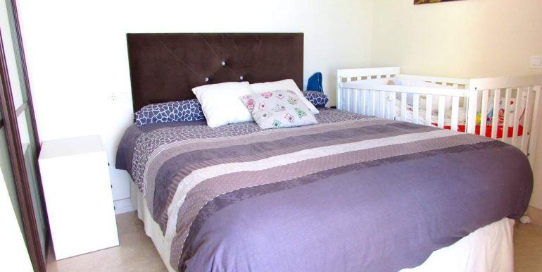 09 dormitorio2