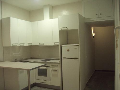 piso-alquiler-manuela-malasana-cocina