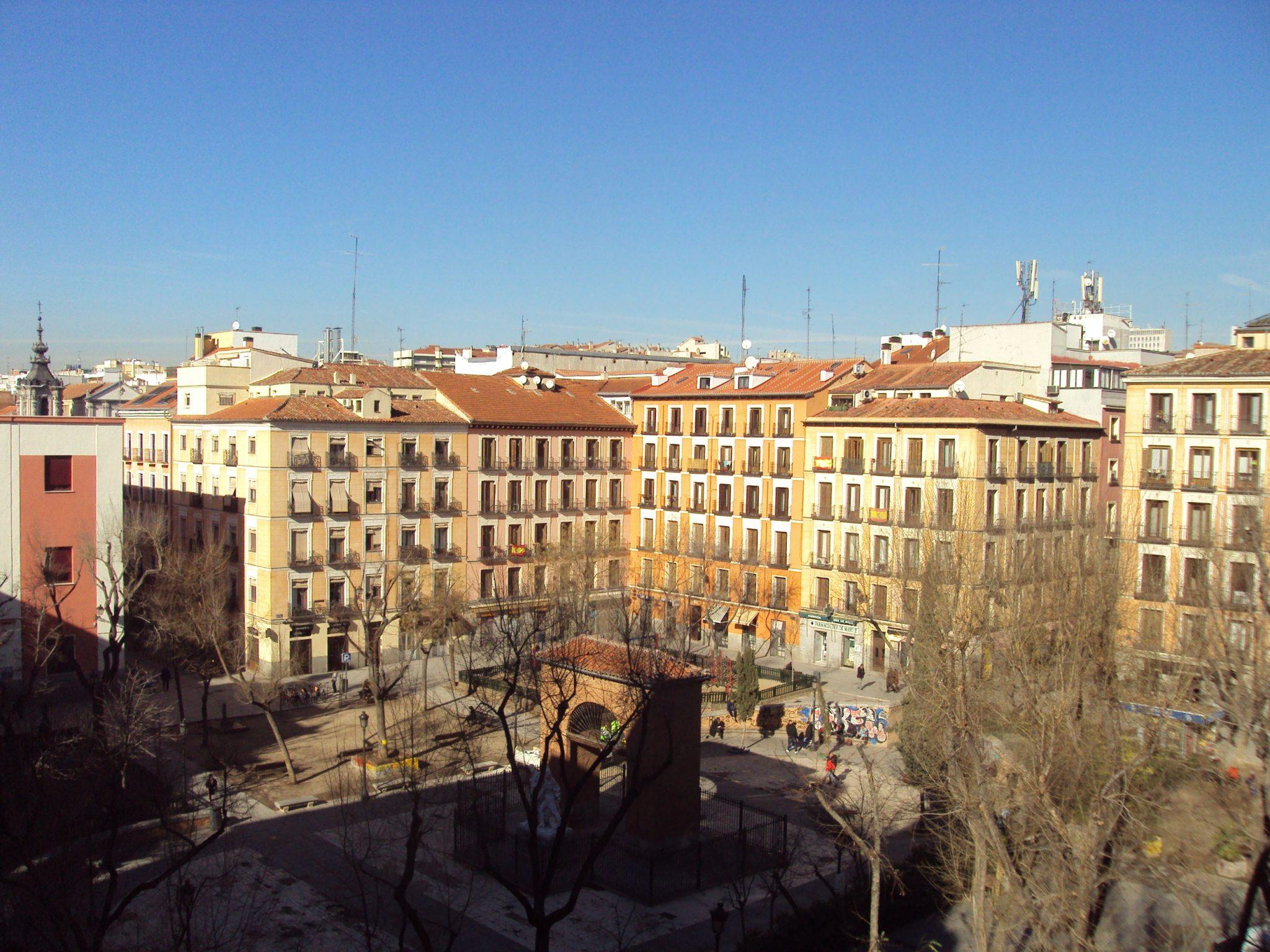 Alquiler Ático en Calle San Andrés – Malasaña – Madrid